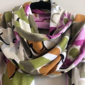 Vera Bradley Ladies floral scarf